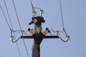 post-wire-insulators-electricity